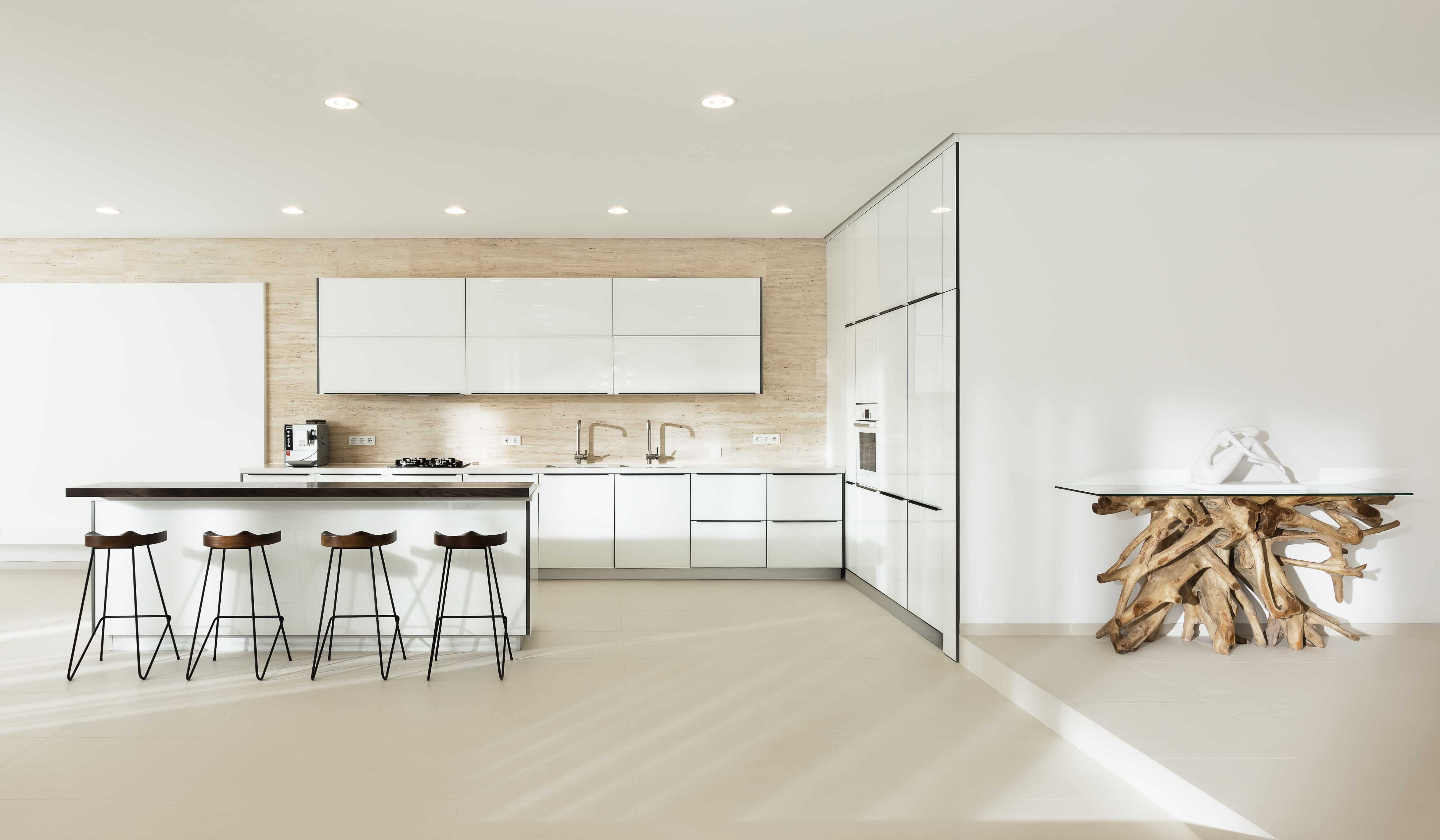 luxury mininmalist kitchen interior design